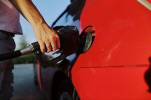 How Onsite Fuel Delivery Saves Companies Money